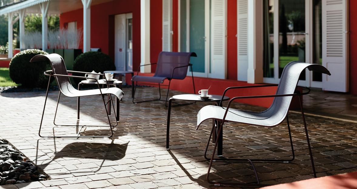fermob aliz lage tafel. Black Bedroom Furniture Sets. Home Design Ideas